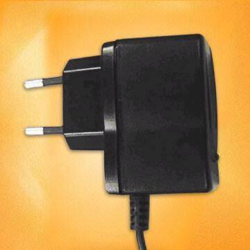 Travel Charger with Short Circuit Protection (Путешествие зарядное устройство с Short Circuit Protection)