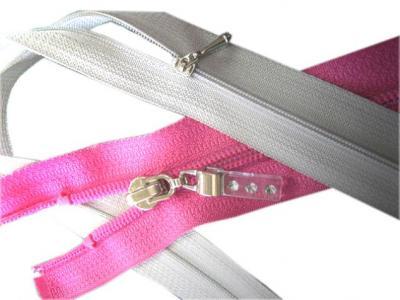 #1 Nylon Zipper with slider (# 1 нейлоновая молния с ползунком)