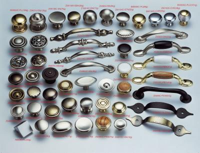 BASIC ITEMS--- knobs and pulls (POINTS DE BASE --- Boutons et poignées)