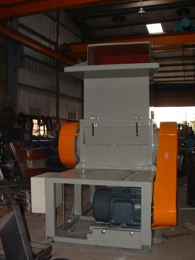 Plastic Processing Machinery - Crusher-2 (Для производства пластиков - дробилка)